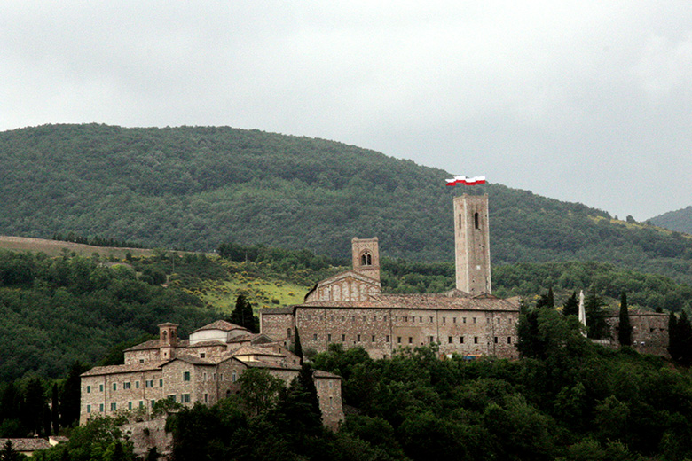 Castle_of_Monte_Nero_San_Severino_Marche_01